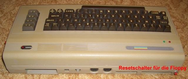Ein RESET-Taster ist bei der C64 Assemblerprogrammierung sehr nützlich.
