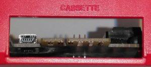 Die Mini-USB-Buchse beim Kassettenport.